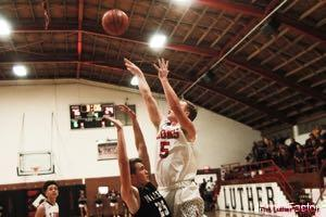 Lions Basketball Drew Scheer