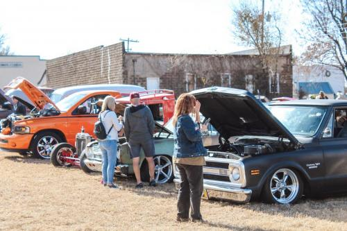 CARSHOW at Luther Pecan Festival, photo by Megan Garrett